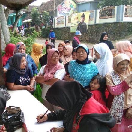 Penyaluran Bantuan Pangan Non Tunai (BPNT) Desa Babakan Kec. Ciparay Kab. Bandung