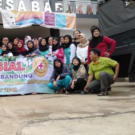 Kegiatan Bakti Sosial OSIS dan PMR dari SMK Negeri 1 Bandung
