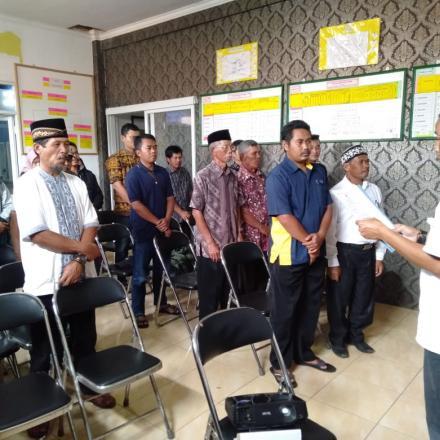 Pelantikan Kelompok Penyelenggaran Pemungutan Suara (KPPS) Desa Babakan